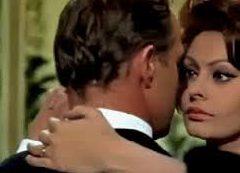 CONFERENCE - Le Tango au cinéma - Marlon Brando et Sophia Loren dans la comtesse de Hong Kong de Charlie Chaplin
