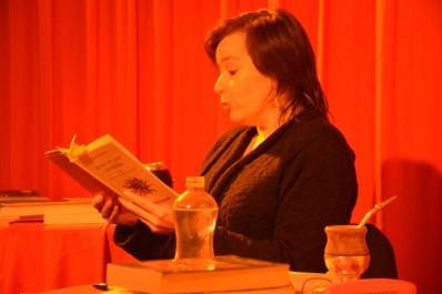 LECTURE - Solange Bazely lit une nouvelle de Mario Benedetti le 16 janvier 2016 à la Maison du Tango à Toulouse © Julio Navarro