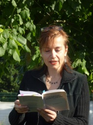 Lecture sous l'arbre du Martín Fierro - Ramonville 20 mai 2017 © Catherine Boutillier