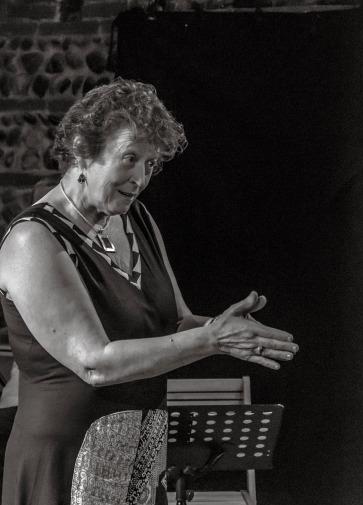 Cabaret poetique 120519_Mara contando_Kike del Castillo