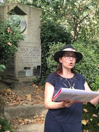 Stèle Carlos Gardel dans le jardin Compans Cafarelli © Eva Claus
